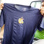 apple store barcelona gaudi logo tshirt